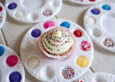 Little Artist Party Decorate Cupcake