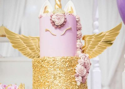 Rainbow and Unicorns Birthday Party - cake