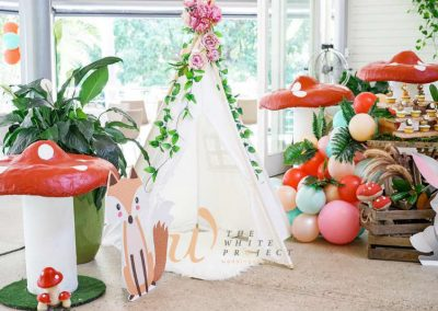 Garden Wonderland Birthday Party - teepee